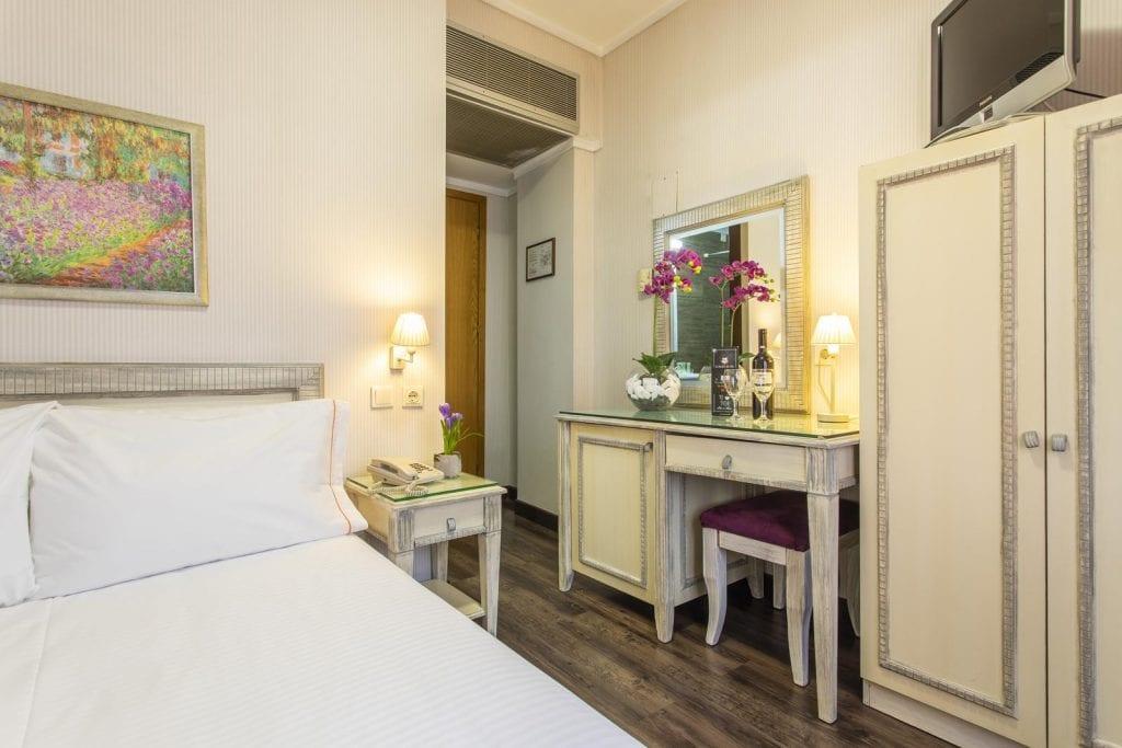 hotel thessaloniki -Egnatia Hotel